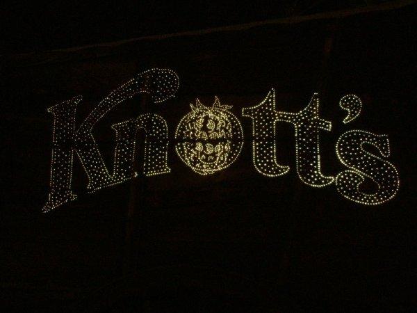 knotts-08-0121